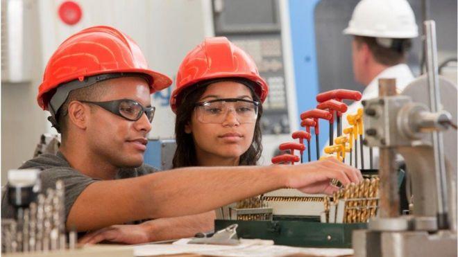http://www.minstrellrecruitment.com/upload/_95033565_apprenticehigherlevelthinkstock.jpg